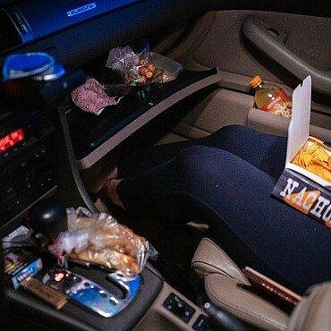 Nachos, Snacks und Limo zum Filmstart im Auto im Autokino Porz