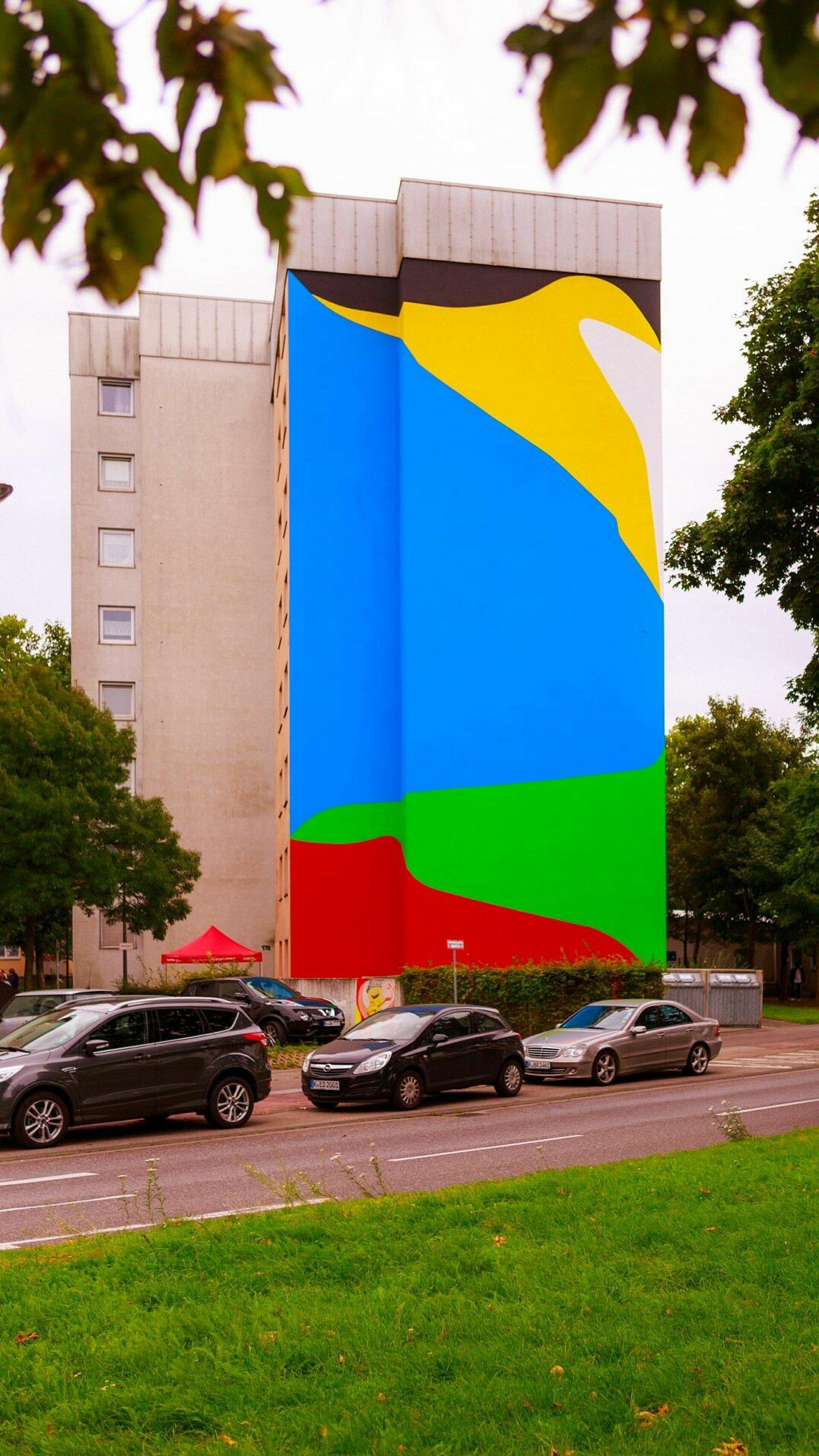 Mural mit kräftigen Farben in Mülheim