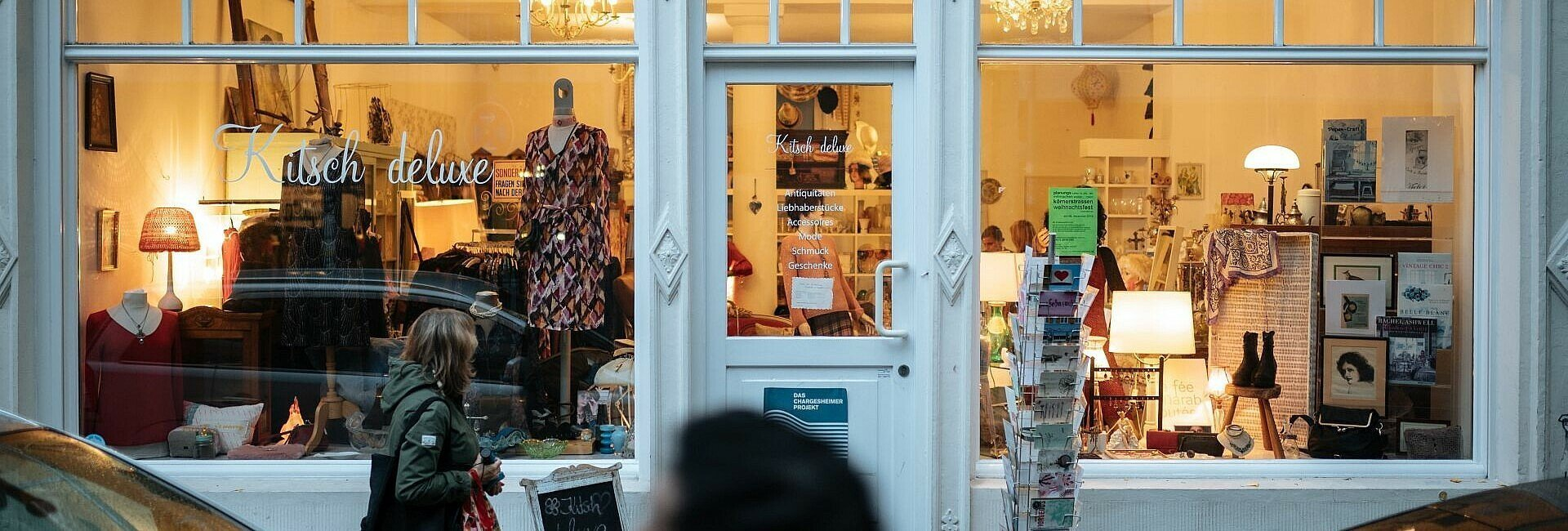 """Von außen betrachtet: Der Laden """"Kitsch deluxe"""" in Ehrenfeld"""