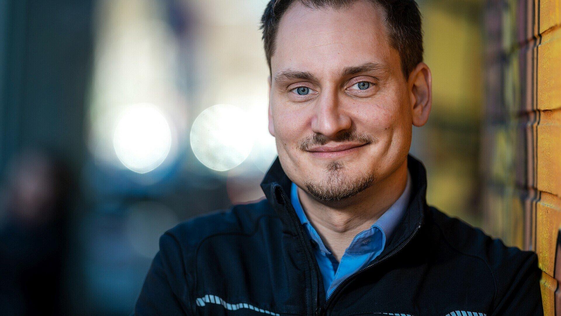 Niklas Zagolla vom Umzugsunternehmen ZBV Fels GmbH