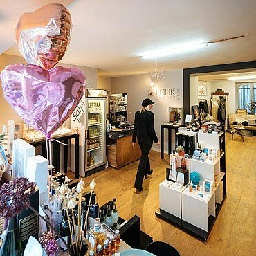 """Mila Musil im """"Look! Conzept Store"""" im Belgischen Viertel"""