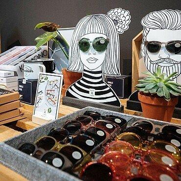 """Sonnenbrillen im """"Look! Conzept Store"""" im Belgischen Viertel"""