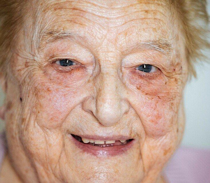 GAG-Mieterin Magdalena Jacobs blickt auf ihr Leben in Mauenheim zurück