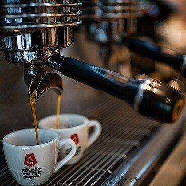 In der Kölner Kaffeemanufaktur kannst Du Kaffee mit allen Sinnen genießen