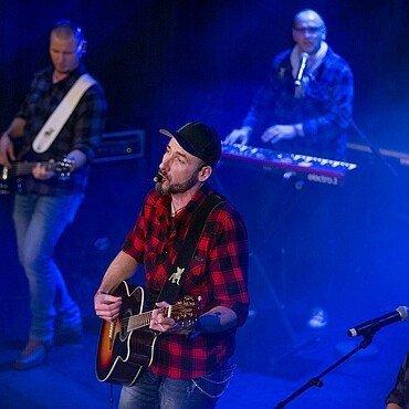 Die Band Bunterhungk beim ersten gemeinsamen Auftritt