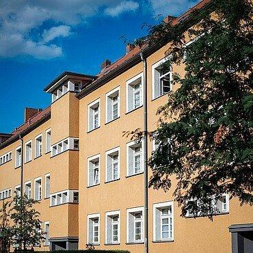 Die Rosenhofsiedlung in Bickendorf von außen