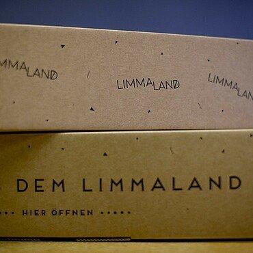 """Verpackungen für Möbelfolien von """"Limmaland"""""""