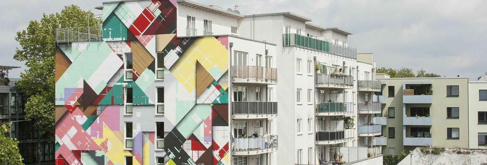 Mural von Zedz in Köln-Ehrenfeld an der Leyendeckerstraße