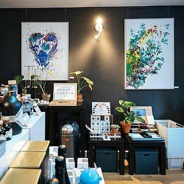 """Wandbilder und Dekoration im """"Look! Conzept Store"""" im Belgischen Viertel"""