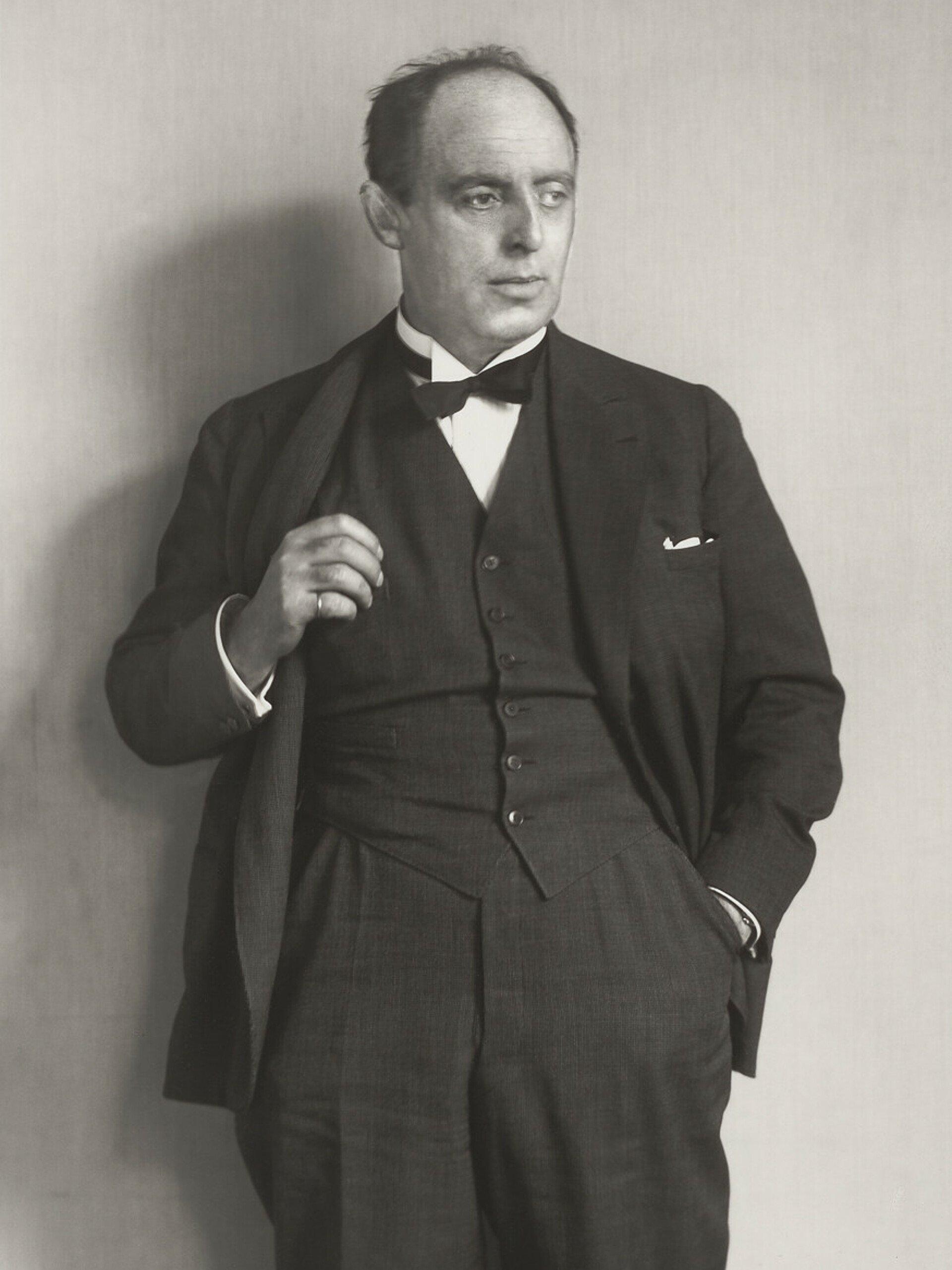 Historisches Porträt von Wilhelm Riphahn