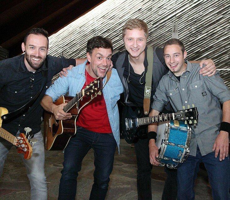 Die Gewinner von Euer Song für Köln 2015 feiern ihren Sieg