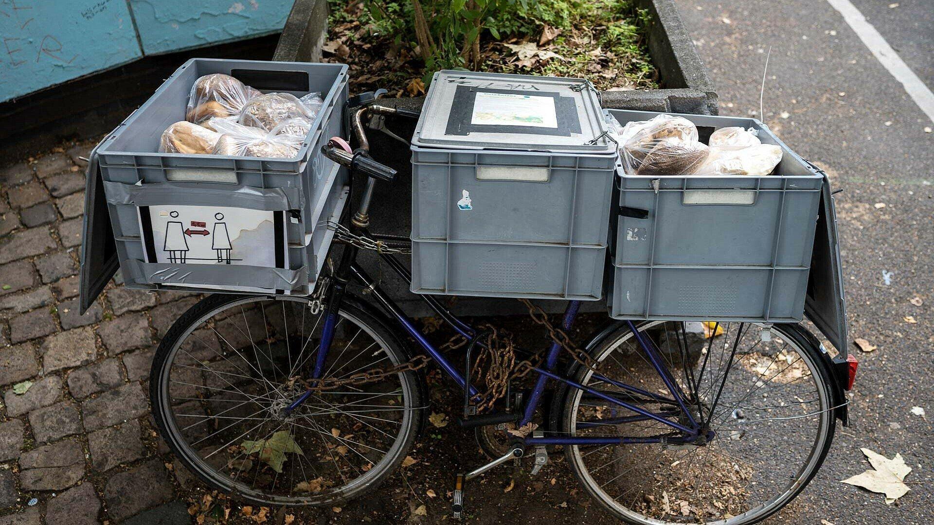Brot und Backwaren warten auf hungrige Foodsharer