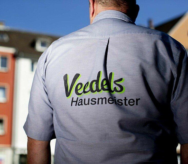 Breils Kluft als Veedelshausmeister in Kalk-Nord
