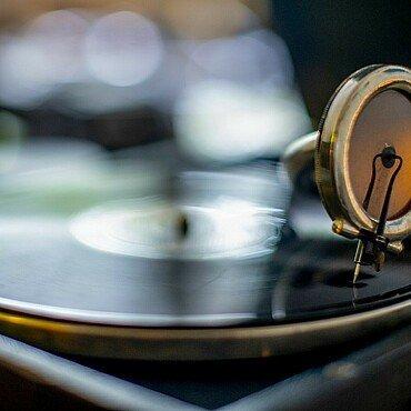 Altes Grammophon in der Wohnung von Claus Michael Sierp im Agnesviertel