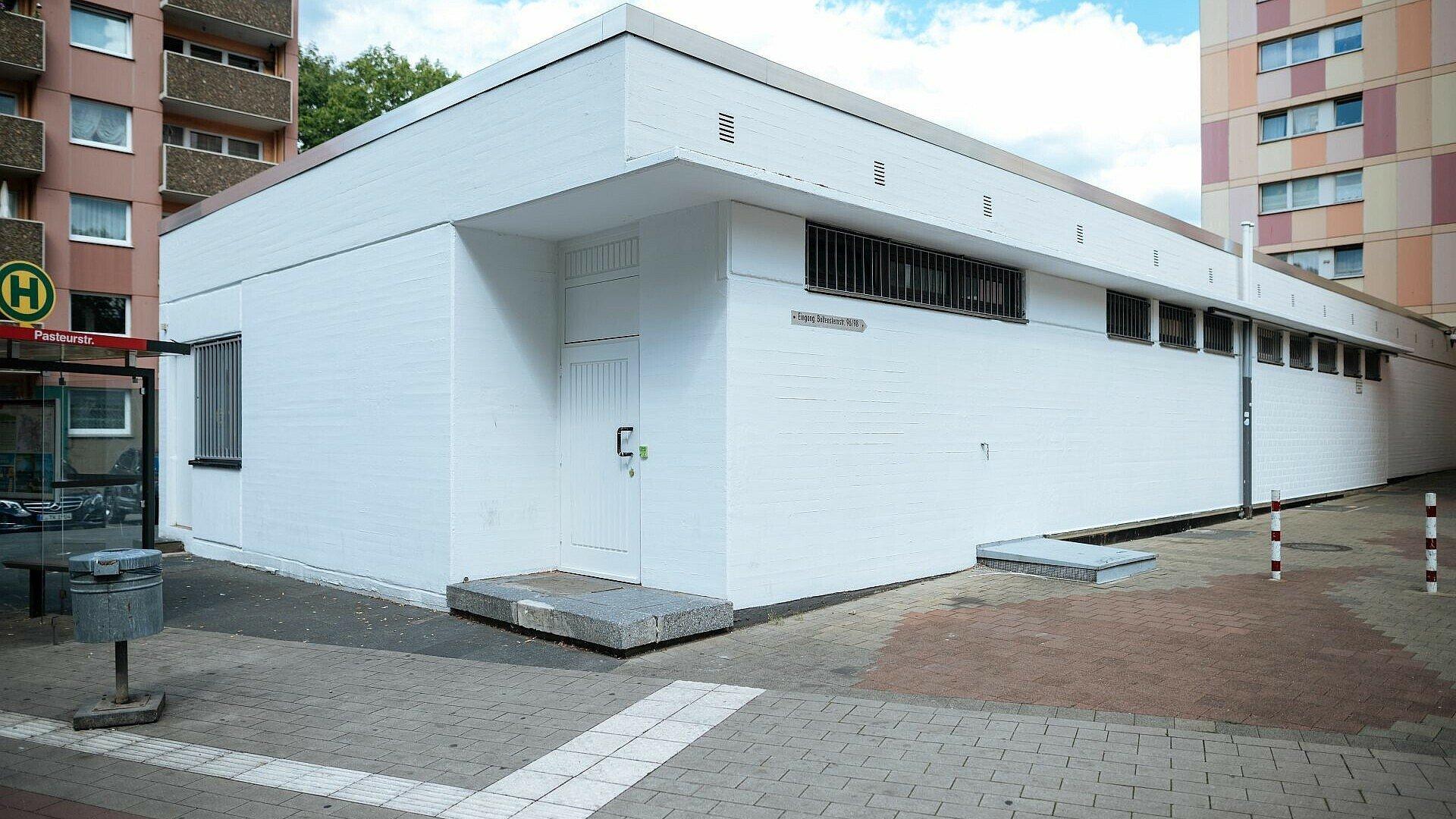 Jugendzentrum Fzwei in Niehl vor der Kunstaktion